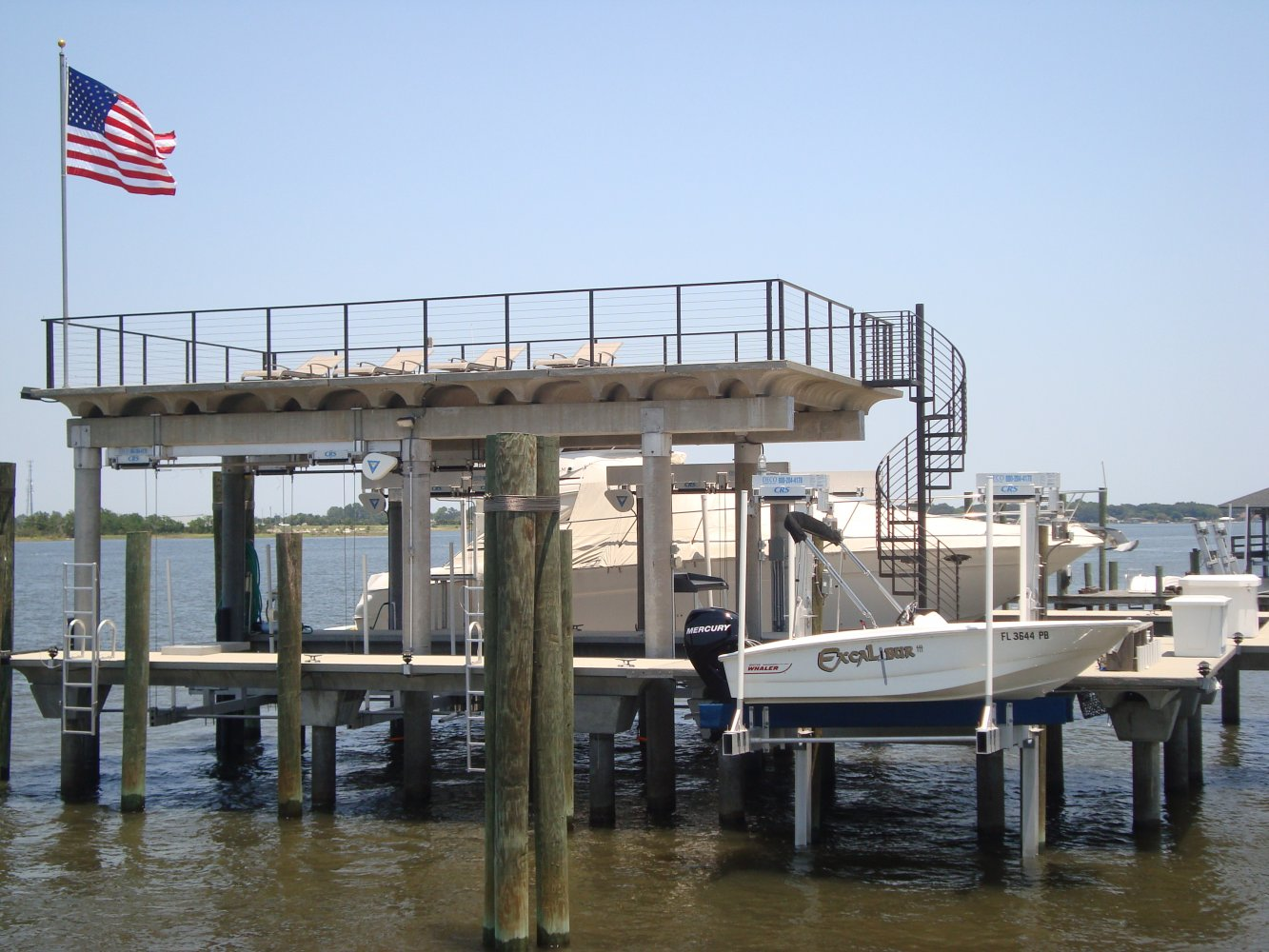 10,000 lb DECO Hanging Boathouse Lift