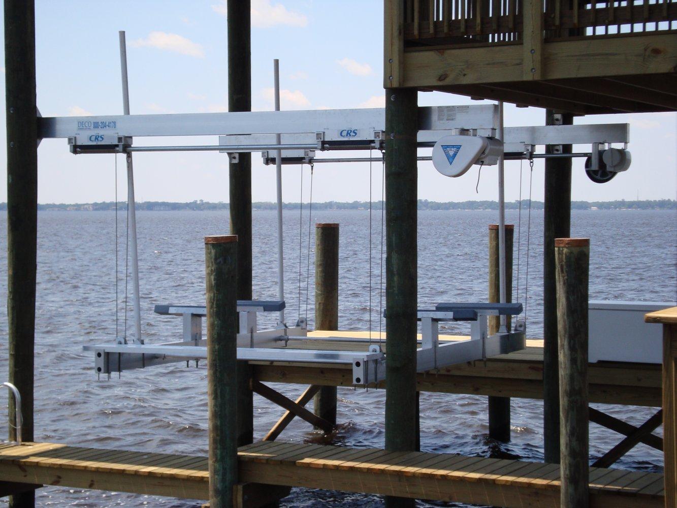 10,000 lb DECO Sidemounted Boathouse Lift 4-Piling