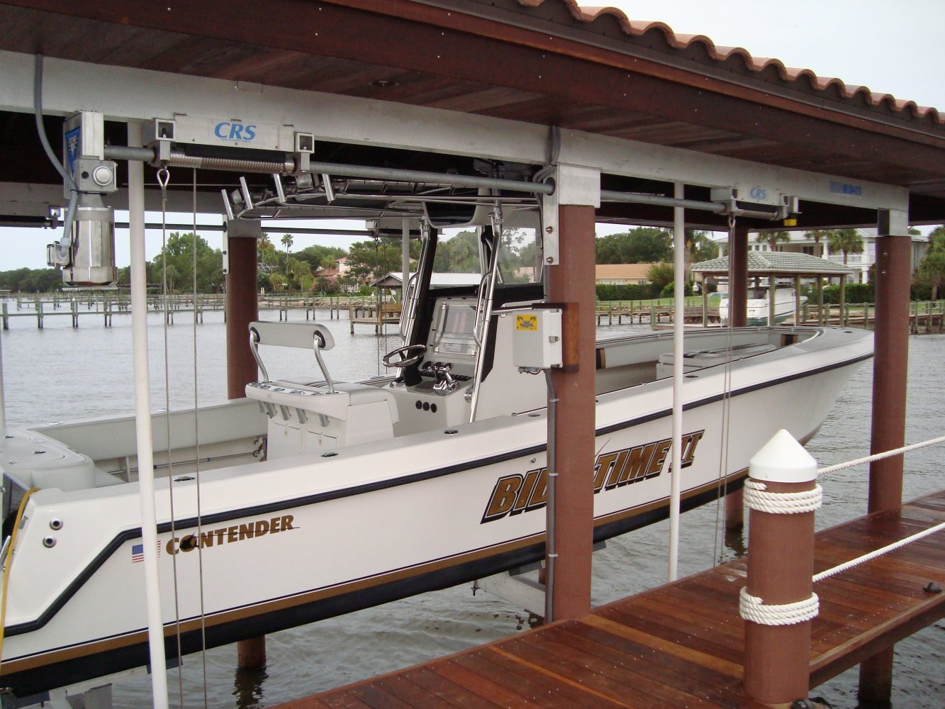 16,000 lb Custom 6-post Concept Boathouse Lift with Roof Tabs
