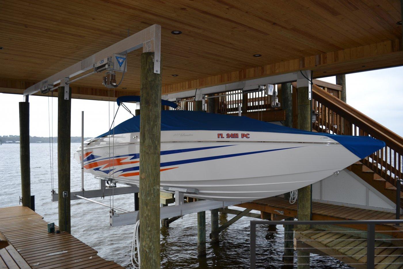 Custom 16,000 lb Concept CRS Boathouse Lift 6-Piling