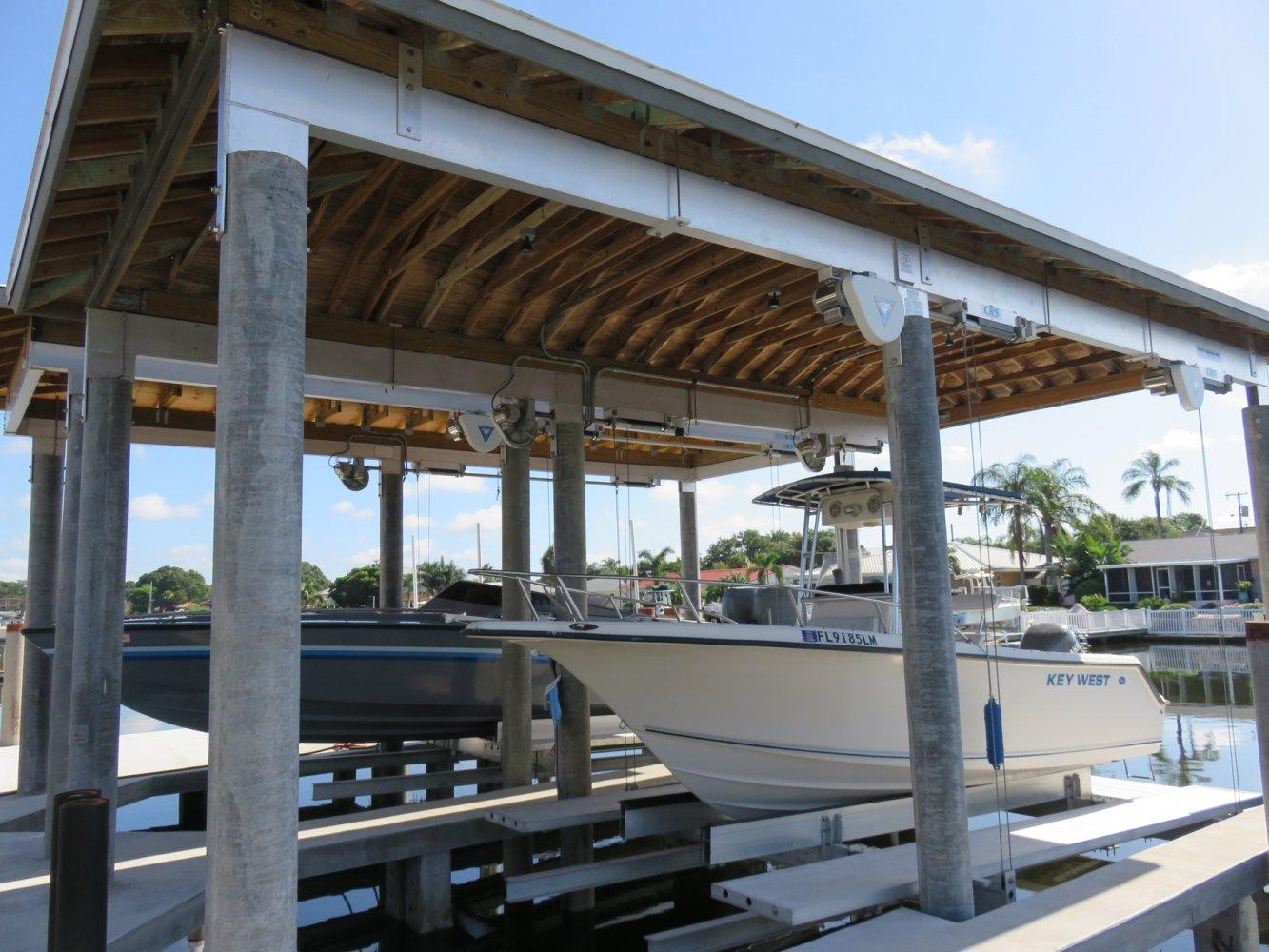 16,000 lb Deco Lift and 13,000 lb Deco Lift with Roof Tabs
