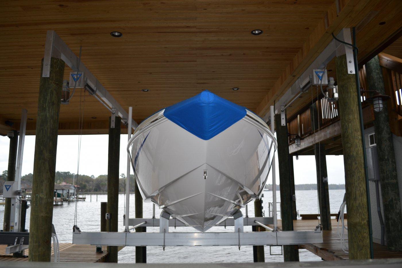 Custom 16,000 lb Concept CRS Lift 6-Piling
