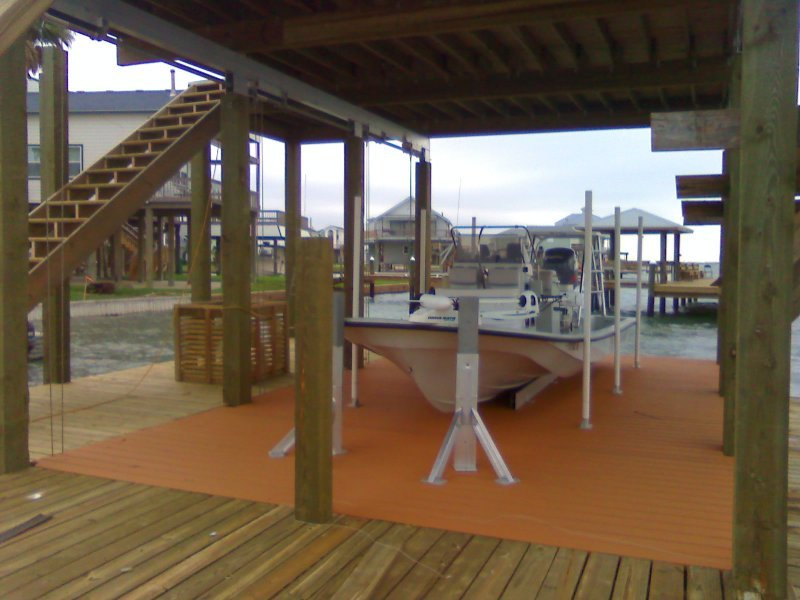 13,000 lb DECO Boathouse DECKLift