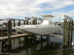 boat lift Orange Beach
