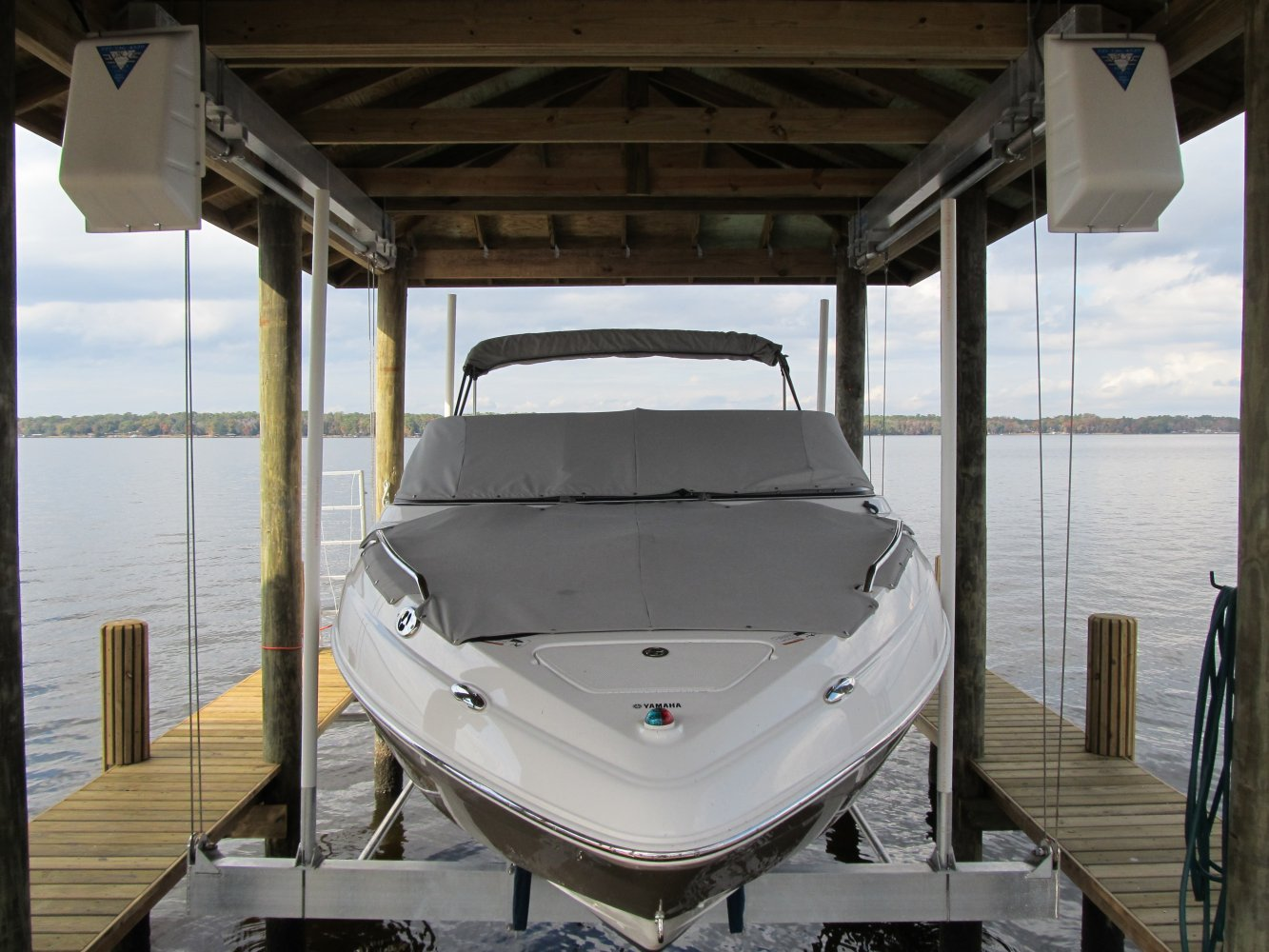 13,000 lb Maxi Hanging Boathouse Lift