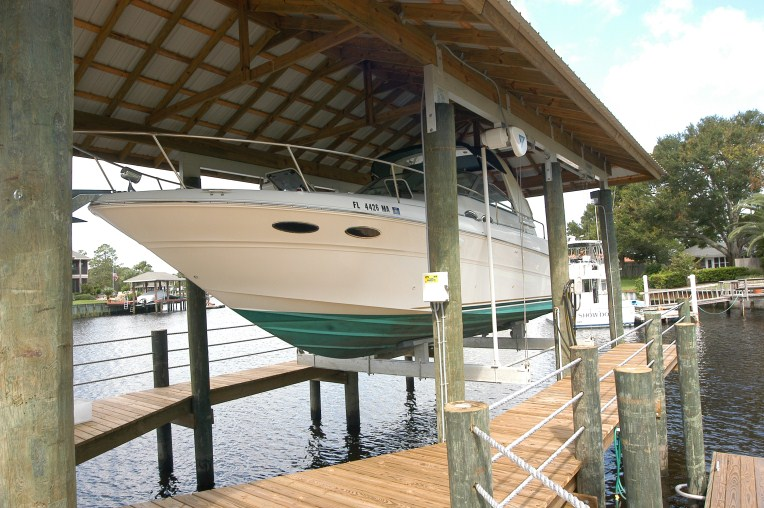 Boat House Lift Miami Panama City Jacksonville