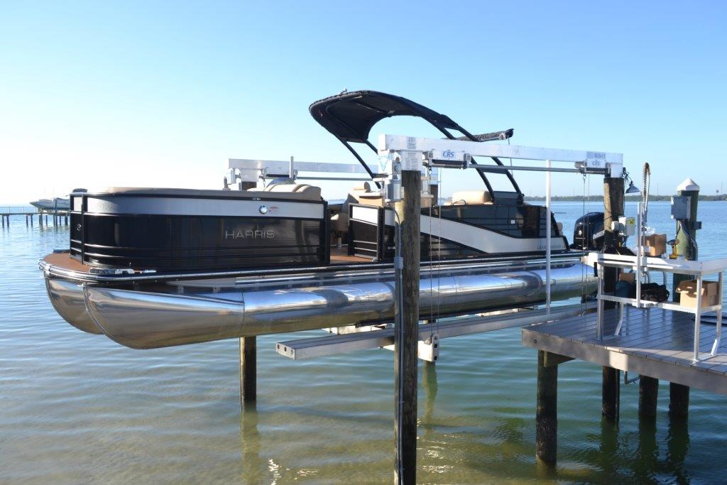 How to Lift a Pontoon Boat   DECO Boat Lifts
